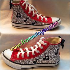 e68e7b9f9c0b01 Red Custom Converse  junkchucks with  music notes www.frommitoyou.com