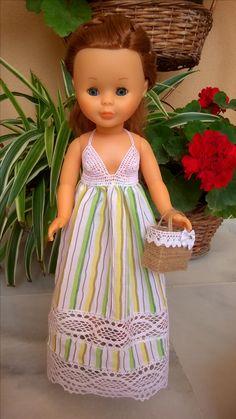 Vestido ganchillo y tela. American Girl, Nancy Doll, Doll Clothes, Flower Girl Dresses, Summer Dresses, Wedding Dresses, Crochet, Fashion, Molde