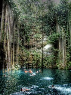 Cenote Sagrado - Mexico