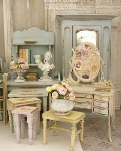 Atelier de Léa (@atelier.miniature) • Photos et vidéos Instagram Doll Houses, Amazing, Photos, Furniture, Instagram, Home Decor, Style, Fashion, Miniature Furniture