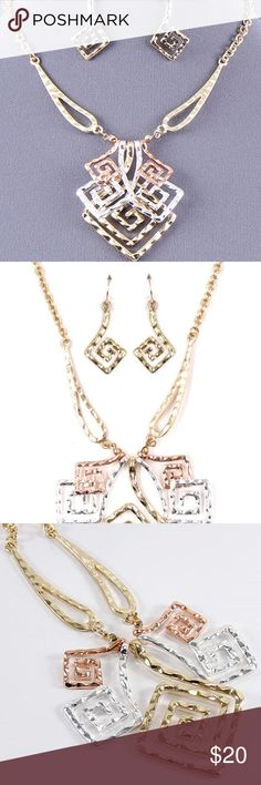 Three-tone Angulate Swirl Design Neclace Set High Polish Hammered Swirl Center 1.25 inch L  Earring 0.6 inch L Extender 3.5 inch - Materials: Metal - Length: 16 inch - Weight: 1.2 oz Jewelry Necklaces