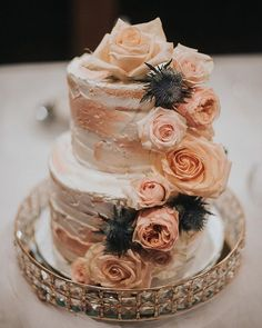 Gorgeous wedding cake  . Tucked away in the heart of Hudson @lecozycafe is your go-to luncheonette. Their meals look like they belong in an art gallery and so does this cake! .  Photo by: @photosbykmt  Cake by: @lecozycafe for @rebeccalhart8 's wedding . #diybride #bohowedding #weddingcake #weddinginspiration #montrealwedding #montreal #pinterestwedding #montreal  #wedding #realwedding #love