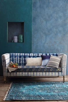 Hand-Dyed Shibori Sofa from Anthropologie Europe. Saved to home sweet home. Shop more products from Anthropologie Europe on Wanelo. Shibori, Sofa Furniture, Furniture Design, Blue Furniture, French Furniture, Furniture Projects, Living Spaces, Living Room, Banquettes