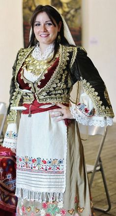 Greek girl with traditional costume from the island of Crete. This is a recent workshop-made copy, as worn by folk dance groups. Greek Traditional Dress, Traditional Outfits, Empire Ottoman, Greek Girl, Costumes Around The World, Greek Culture, Beautiful Costumes, Folk Costume, World Cultures