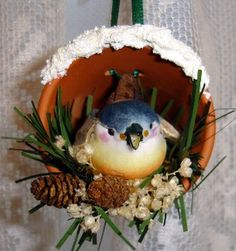 DIY Bird in a Pot Ornament - Fabulous site! A must see.