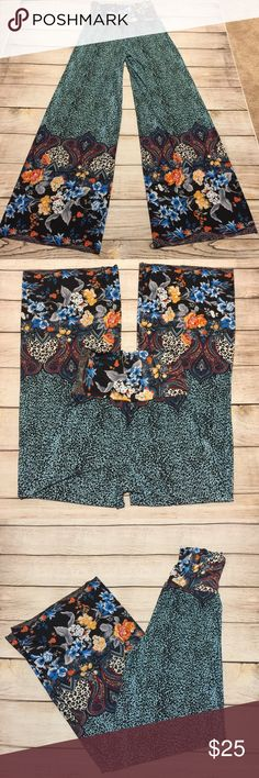 🌺💐CAUSAL LAND 💐🌺 BOHO Floral palazzo pants SzL 🌺💐CAUSAL LAND 💐🌺 Awesome BOHO Floral palazzo pants Sz L Preloved in excellent condition Causal Land Pants Wide Leg