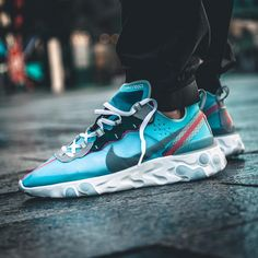 Nike React Element What are your thoughts? Has Nike moved closer to dethroning Adidas Ultraboost? Adidas Fashion, Sneakers Fashion, Fashion Shoes, Shoes Sneakers, Men Fashion, Mens Casual Sneakers, Casual Shoes For Men, Sneakers Adidas, Shoes Heels