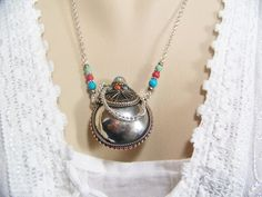 Nepal Silver Flask Necklace, Turquoise Beads, Coral Beads, Snuff Bottle, Vessel Necklace, Bottle Necklace, Flask, Essence Oil Flask