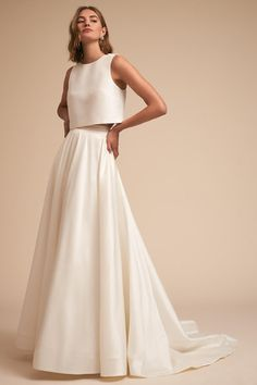 Build your own look by mixing & matching wedding dress separates. Shop BHLDN's selection of 2 piece wedding dresses to find the perfect look for your style. Wedding Dress Empire, Wedding Dress Tea Length, 2 Piece Wedding Dress, Wedding Dress Separates, Bhldn Wedding Dress, Wedding Skirt, Bridal Separates, Bridal Dresses, Wedding Gowns