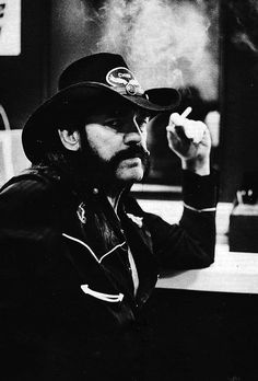 i will not say rest in PEACE coz you'll be rocking on the other side, Lemmy. This world just got a little quieter and hell got a little louder. Rock N Roll Music, Rock And Roll, Music Is Life, Music Love, Eddie Clarke, Ann Angel, Heavy Metal Music, Jimi Hendrix, Cool Bands