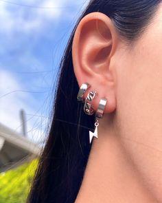 Ear Piercings Chart, Pretty Ear Piercings, Types Of Ear Piercings, Ear Piercings Cartilage, Ears Piercing, Cross Earrings, Chain Earrings, Dangle Earrings, Diamond Earrings