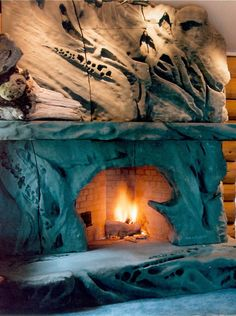 Beautiful fireplace!   Ancient Art of Stone Rock Fireplaces, Rustic Fireplaces, Fireplace Mantle, Fireplace Surrounds, Fireplace Design, Masonry Work, Fire And Stone, Living Room Lounge, Old Windows