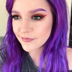 A touch of sparkle! Nerd Makeup Ambassador @ohnoitsruthio slays with another #lotd. <3 #EspionageCosmetics #NerdMakeup #motd #fotd #CrueltyFree #MUA #Cosmetics #Picoftheday #GeekGirl #glitter