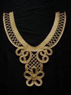 Neckline Designs, Back Neck Designs, Dress Neck Designs, Embroidery Neck Designs, Silk Ribbon Embroidery, Motif Soutache, Man Dress Design, Jewelry Crafts, Handmade Jewelry