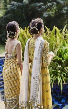 wedding hairstyles pakistani Wedding Hairstyles Pakistani Colour 64 Ideas – Source by rashidadejesusngwo Indian Attire, Indian Ethnic Wear, Indian Style, Ethnic Outfits, Indian Outfits, Trendy Hairstyles, Wedding Hairstyles, Hairstyles With Lehenga, Modern Saree