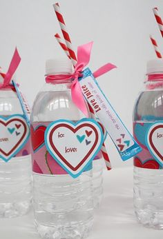 VALENTINES // healthy valentines - bottle of water & packet of drink powder as 'love juice' :)