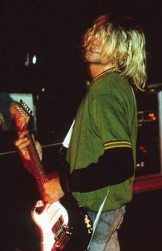 For everything Nirvana check out Iomoio Kurt Cobain Photos, Nirvana Kurt Cobain, Banda Nirvana, Nirvana Lyrics, Grunge, Donald Cobain, Rock Poster, Smells Like Teen Spirit, Photocollage
