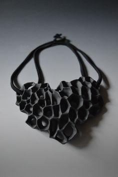 Miranda Jewelery, porcelain