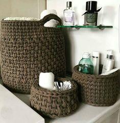 61 Ideas home decored diy storage baskets Crochet Basket Pattern, Knit Basket, Crochet Patterns, Crochet Baskets, Love Crochet, Diy Crochet, Yarn Projects, Crochet Projects, Crochet Storage