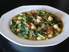 Authentic Greek Recipes: Greek Chickpeas with Spinach (Revithia me Spanaki)