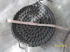 How to properly size crochet hats. Chart for correct sizing, including Magic Circle Sizes. ***Has hat heights as well.