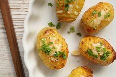 Hasselbagte kartofler med hvidløg og parmesan.