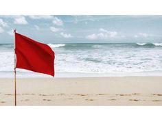 En Panamá, bandera roja a nivel nacional (cierre alto riesgo) en playas del Pacífico por fuerte oleaje y ráfagas de viento.