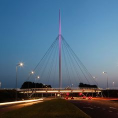 A World's First: Suspended Bicycle Roundabout in the Netherlands