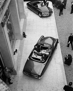 citroen ladies - Page 1369 of 1419 Citroen Ds, Ufo, Automobile, Bentley Mulsanne, Cabriolet, Best Classic Cars, Automotive Photography, Top Cars, Love Car
