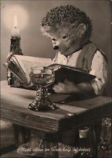 87063  Nicht allein im Wein liegt Wahrheit - Meck liest im Buch, Kerze, Weinglas