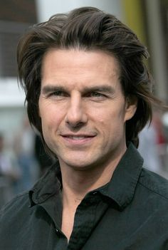 Simply Hairstyles, Mens Hairstyles 2018, Boys Long Hairstyles, Tom Cruise Haircut, Tom Cruise Smile, Hair And Beard Styles, Long Hair Styles, Hair Evolution, Long Length Hair