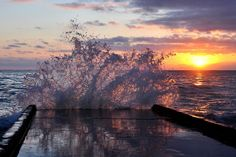 Невероятный зимний закат в Сочи   #сочи #экскурсиисочи #закат #морскойзакат #sochi #sunset #seaview #viewmysunset  Фото: http://foto-sochi.livejournal.com/60688.html