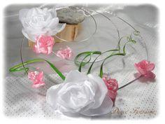 Bouquet de mariée original en fil aluminium rose et blanc argenté : Autres accessoires par douce-fantaisie Disponible sur http://www.alittlemarket.com/autres-accessoires/fr_bouquet_de_mariee_original_en_fil_aluminium_rose_et_blanc_argente_-10335081.html