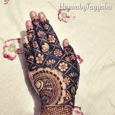 Wedding Henna Designs, Latest Henna Designs, Mehndi Art Designs, Henna Tattoo Designs, Mehndi Design Pictures, Mehndi Images, Mehndi Tattoo, Henna Mehndi, Mehandhi Designs
