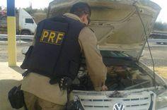 Idoso de 60 anos é flagrado com veículo roubado na BR-324 +http://brml.co/1CpZjzR