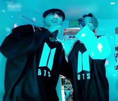 Jung Kook, Jikook, Bts Meme Faces, Jin Kim, Music Charts, Billboard Music, American Music Awards, Bts Video, Bts Fans