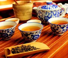 Mild in nature, the tea does no harm to the stomach, but actually has some health benefits as it aids in digestion and losing weight. Thus, Puer Tea is healthy and tasty!