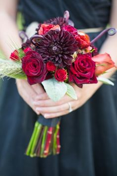 Red fall wedding bouquet  | photo by Watson Studios | see more https://www.thebridelink.com/vendor/watson-studios