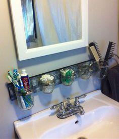 Mason Jar Bathroom Organizer.