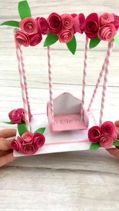 Paper Crafts Origami, Paper Flowers Craft, Diy Origami, Paper Crafts For Kids, Diy Paper, Cardboard Box Crafts, Newspaper Crafts, Origami Flowers, Fabric Crafts
