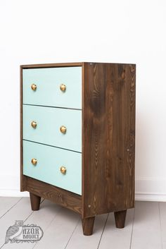 IKEA-bútor festése házilag: IKEA-hack-sorozat, 2. rész | Azúr Bagoly Milk Paint, Ikea Hack, Dresser, Hacks, Painting, Furniture, Home Decor, Powder Room, Painting Art
