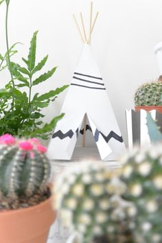 DIY mini paper teepee