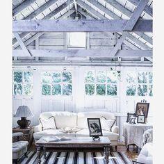 Barn living love via tumblr. #fleaingfrance .•. .•. .•. #brocante #antique #fleamarket #vintage  #ビンテージ  #フレンチアンティーク  #ブロカント  #フランス  #シャビーシック  #decor #barn #home #inspiration  #white