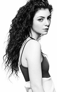 Queen of Darkness #LORDE-Ella Yelich-O'Connor