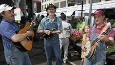 Best Places to Retire 2012- bluegrass musicians play in the Market Square in Roanoke, Virginia