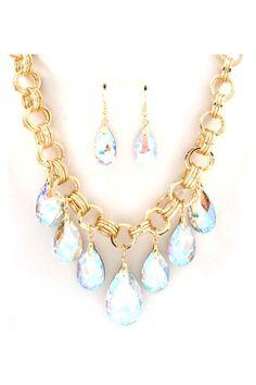 Dakota Necklace Set in Iridescent Crystal