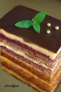 LoveAffair Cakes by mirela …: Kapri Torta / Walnut Cake with Wild Fruit & Vanilla filling Baking Recipes, Cake Recipes, Dessert Recipes, Torta Recipe, Torte Recepti, Torte Cake, Walnut Cake, Croatian Recipes, Tray Bakes