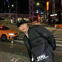 Keith Kogane, Types Of Guys, Cha Eun Woo, Pretty Men, Ulzzang Boy, Korean Men, Kpop Boy, Boy Groups, Winter Jackets