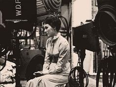 Julie Andrews on set of Mary Poppins. Mary Poppins Movie, Mary Poppins 1964, See Julie, Old Disney, Julie Andrews, Walt Disney Pictures, Disney Films, Love People, On Set
