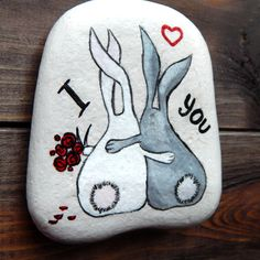 Best Personalized Love Gift, Hearts Keepsake, Valentines Day, Personalized Stone, Personalized Love Gift Boyfriend / Girlfriend Anniversary - A unique way to show the one you love how much they mean to you. ITEM DETAILS ➤ Measure (approx.): • 3X3 (8X8 cm.) ➤ Our stones are handpainted